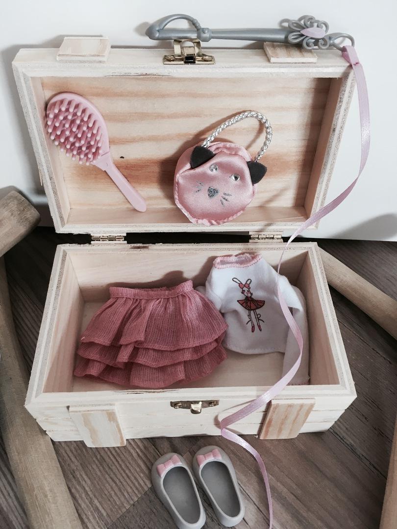 farbenfrohe Regentage Frottee Baby von Käthe Kruse