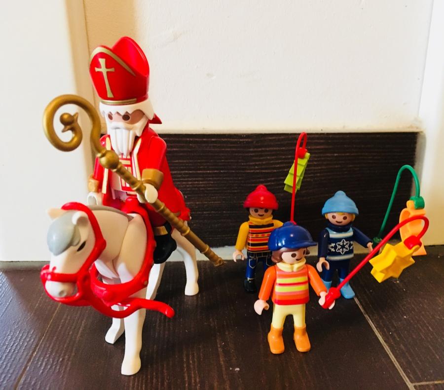 Farbenfrohe regentage playmobil weihnachten - Playmobil esszimmer ...